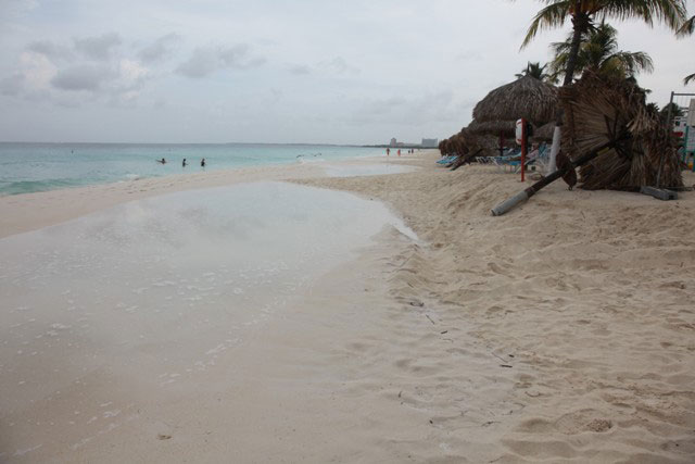 Beach Conditions - November 7, 2011