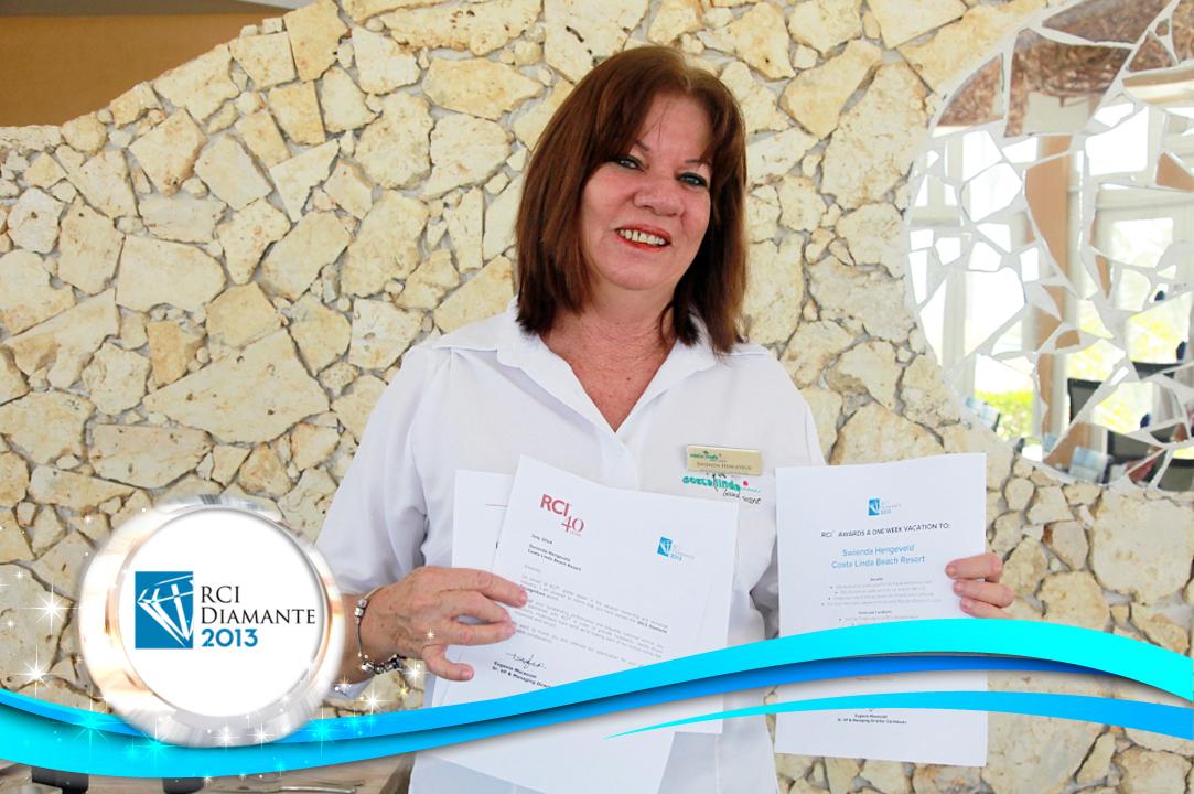 Costa Linda Reservations Manager receives RCI Diamond Award